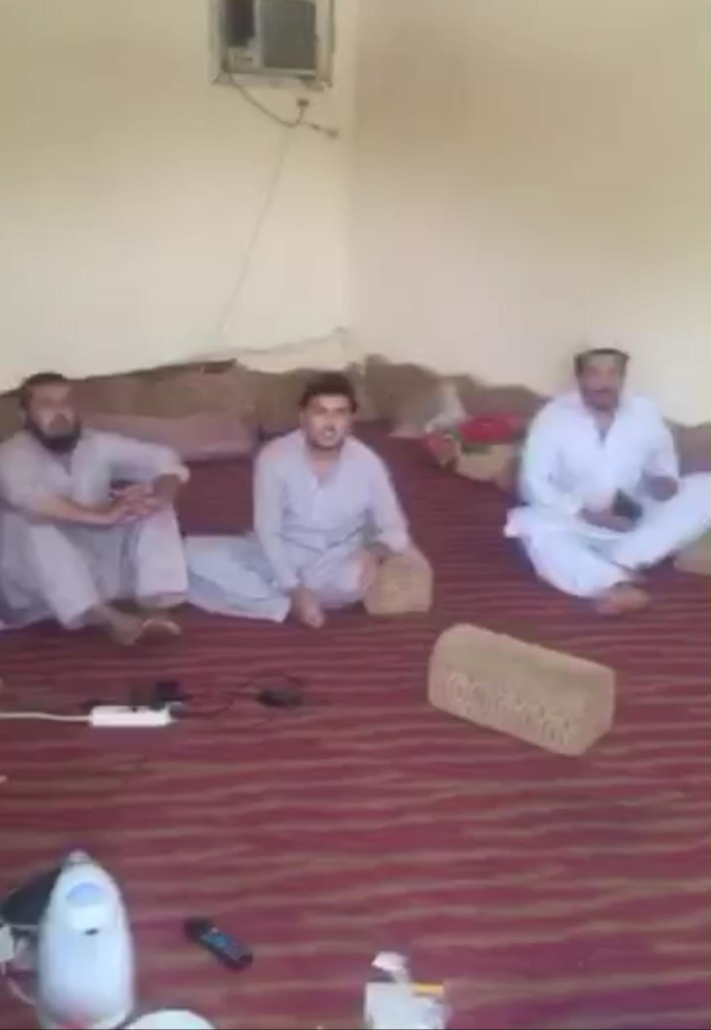 بالفيديو ?مداهمة عمالة شوفو ايش جهزوا لنا برمضان