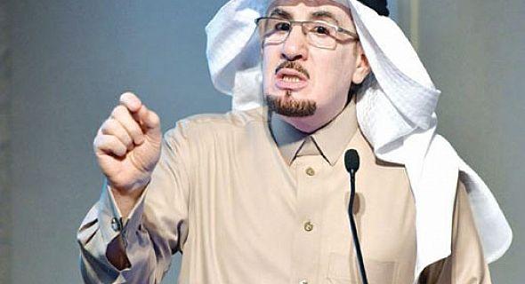 وزير العمل يفجرها للموظفين من أراد الوزارة حياه الله