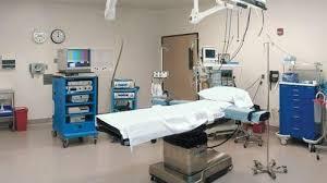 مواطن يولد زوجته بعد إصرار الدكتور على عملية  ليثبت له أن تشخيص الحالة خاطىء