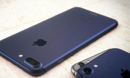 ايفون 7 يصدر صوت غريب ومزعج و استياء مستخدمينه