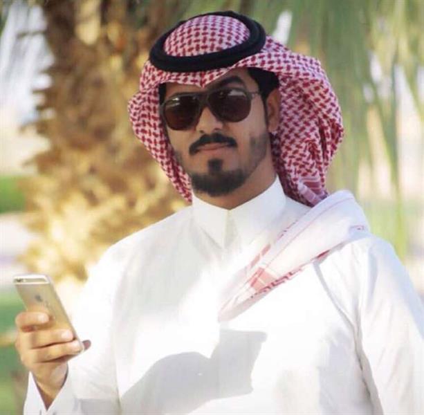 صورة .. وفاة موظف سعودي صعقاً بشركة الكهرباء ببيشة أثناء أداء عمله أمس