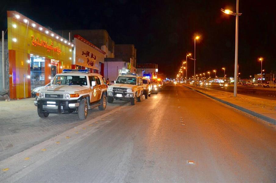 القبض على 12 يمنياً بنجران يشتبه في انتمائهم للحوثيين (صور)