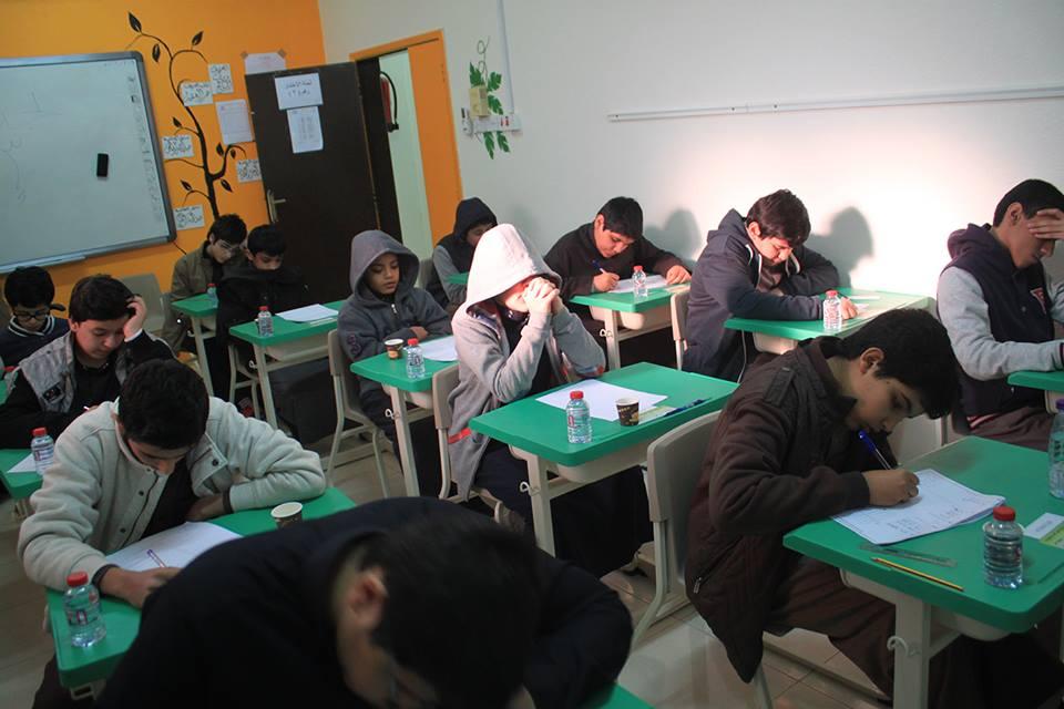 صورة: دكتور بالجامعة يضع سؤال غير متوقع بالاختبار للطلاب الذين لا يحضرون محاضراته