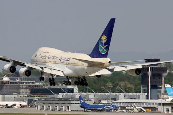 الخطوط السعودية تغير إجراءات الصعود للطائرات.. تعرف على الطريقة الجديدة وفق أولوية منطقة الجلوس