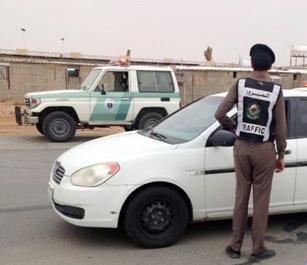 """""""المرور"""": عدم وجود فحص دوري أو تأمين للمركبة مخالفتان عليهما غرامات مالية"""