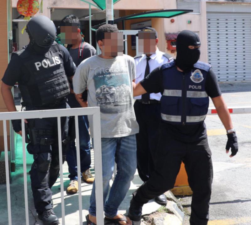 """ماليزيا تعلن تفاصيل ضبط 3 محاولات إرهابية لـ""""الحوثي"""" و""""داعش"""" زامنت زيارة الملك"""