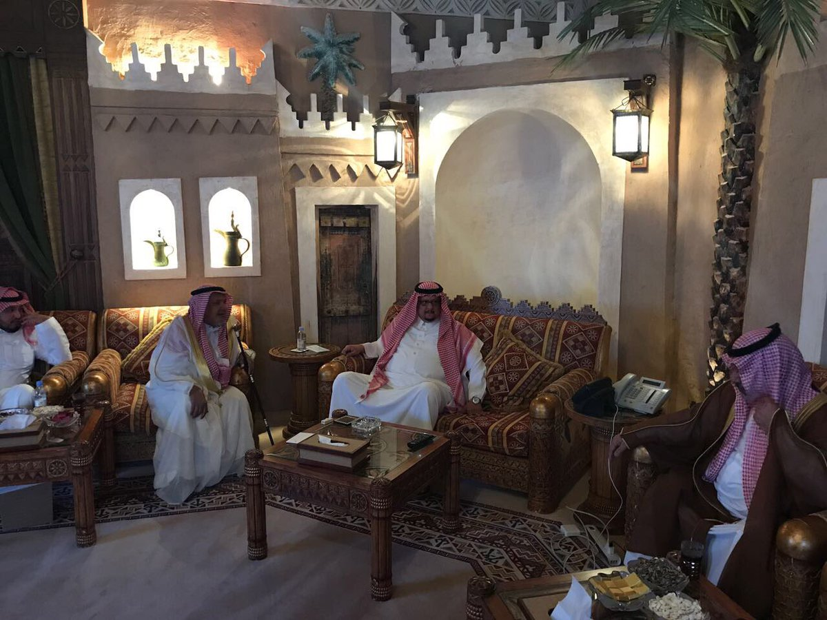 فيديو: الأمير فيصل بن تركي يتنازل عن قضية الهاكر محيا العتيبي بعد هذه القصيدة