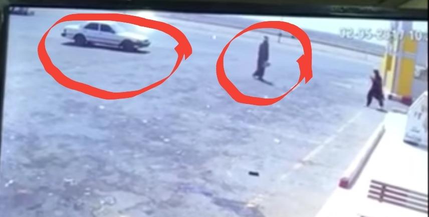 بالفيديو وقف عند المحطة و أهله بالسيارة وترك السيارة شغالة وحدثت الكارثة