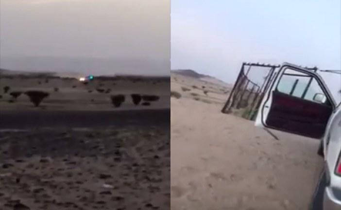 بالفيديو: مكافحة المخدرات تطارد أحد المهربين في البر .. ويتبادلان إطلاق النار
