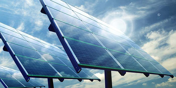 تعرف على تفاصيل توليد أصحاب المنازل الكهرباء من الطاقة الشمسية لاستهلاكها وبيع الفائض