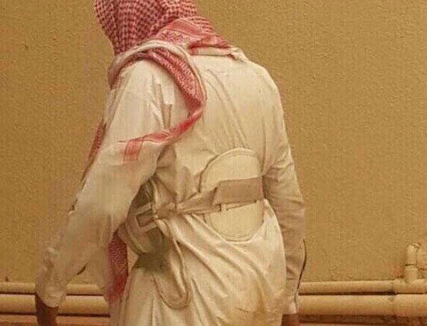 مواطن يورِط ضيوفه ويبلغ عن ارتداء أحدهم حزامًا ناسفًا!