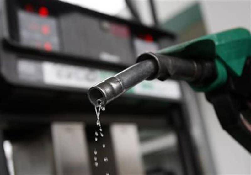 """تعرَّف على أسعار البنزين في دول الخليج.. السعودية """"تظل"""" الأقل"""