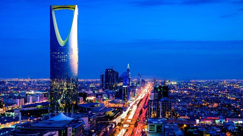 أسبوع حافل.. السعودية تتصدر الإعلام العالمي بـ أوامر ملكية وقرارات وسَن أنظمة ومقاضاة