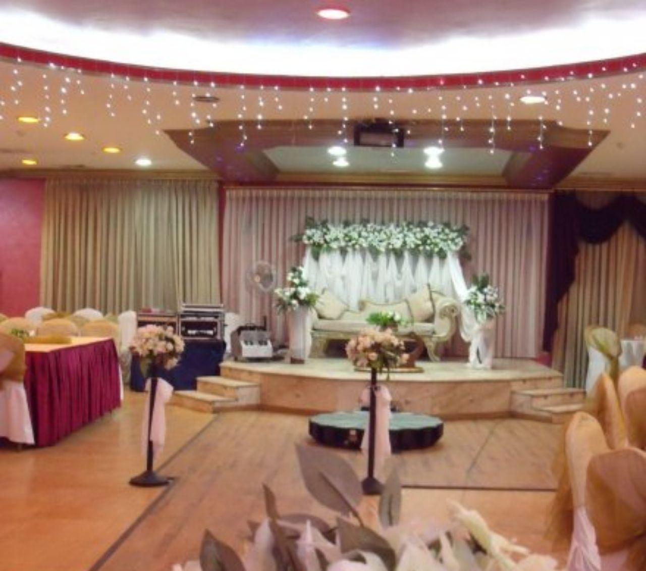 عروس تحتجز المعازيم بحفل زفافها وتستدعي لهم الشرطة