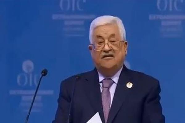 """""""غير هالحل لا تسمعوا أي كلام من أحد"""".. عباس يكشف كلمة الملك سلمان له بشأن القدس -فيديو"""