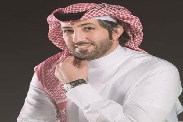 بالفيديو: بعد أمر سمو ولي العهد بالعفو عنه.. الشاعر زياد بن نحيت بجانب والد
