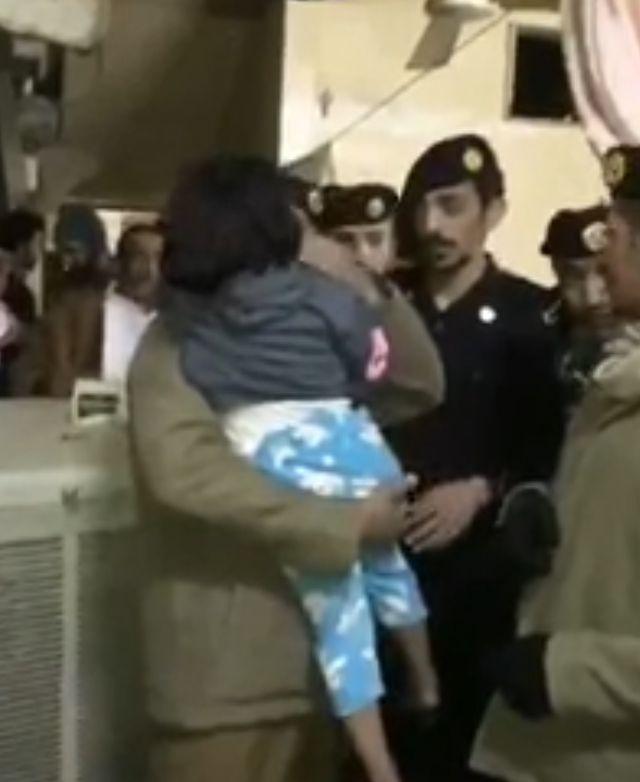 فيديو.. الجهات الأمنية بالرياض تعثر على طفلة مختطفة منذ 3 سنوات