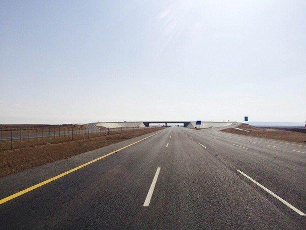 """""""النقل"""" توجه بوضع الترتيبات اللازمة لرفع السرعات إلى 140 كم.. والبداية بهذه الطرق"""