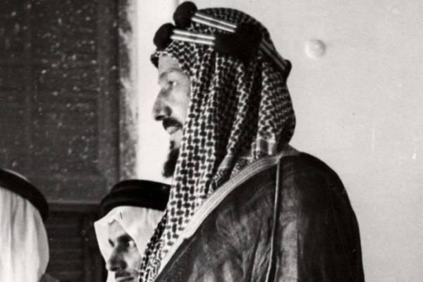 صورة نادرة.. الملك عبدالعزيز مع أخيه عبدالله عام 1936