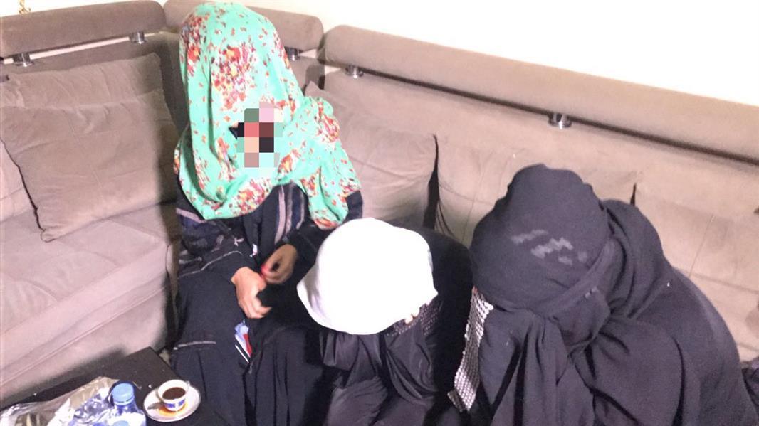 بالصور.. شرطة الرياض تطيح بـ21 متورطاً في تجارة البشر