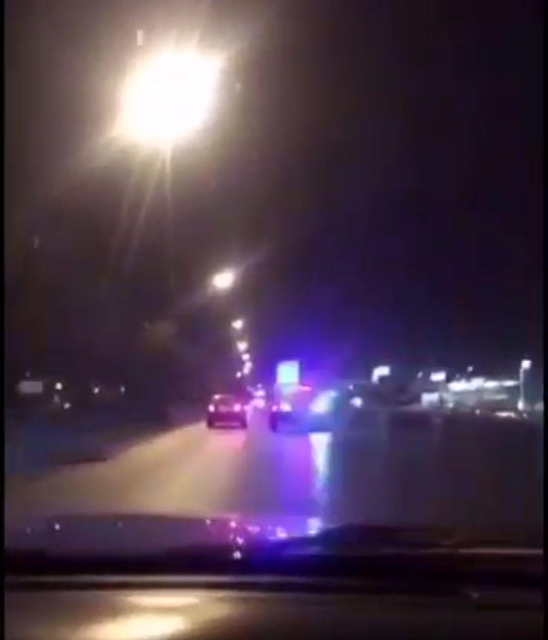 شاهد مطاردة مرور الرياض للمخالفين ومتجاوزي السرعة في الرياض