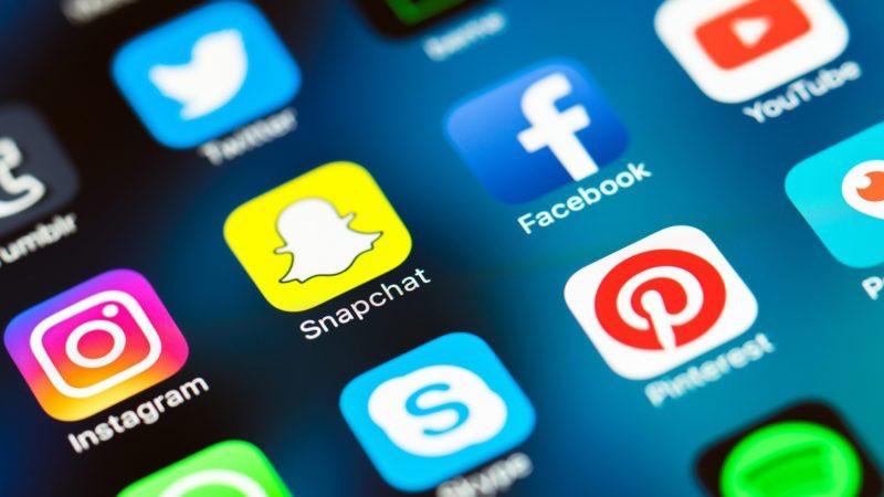 وسائل التواصل الاجتماعي تسبب الوفاة
