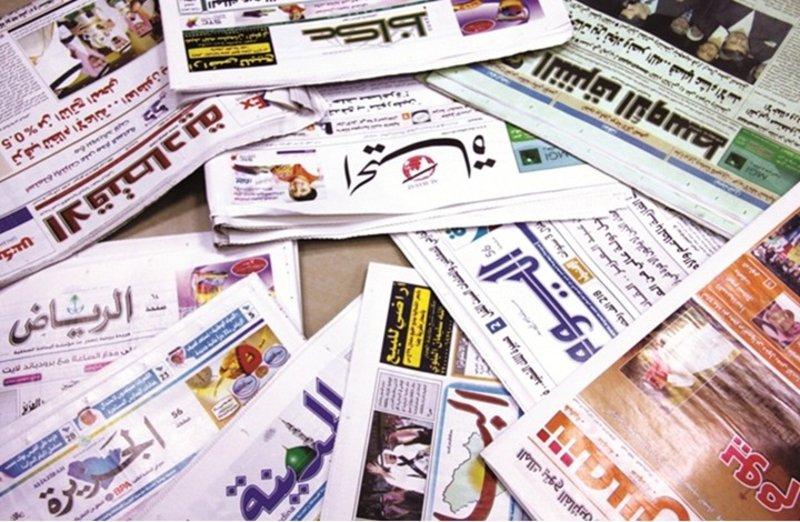 """كتاب سعوديون يؤيدون منهج """"المطلق"""": القصد ستر المرأة.. بالعباءة أو أي رداء"""