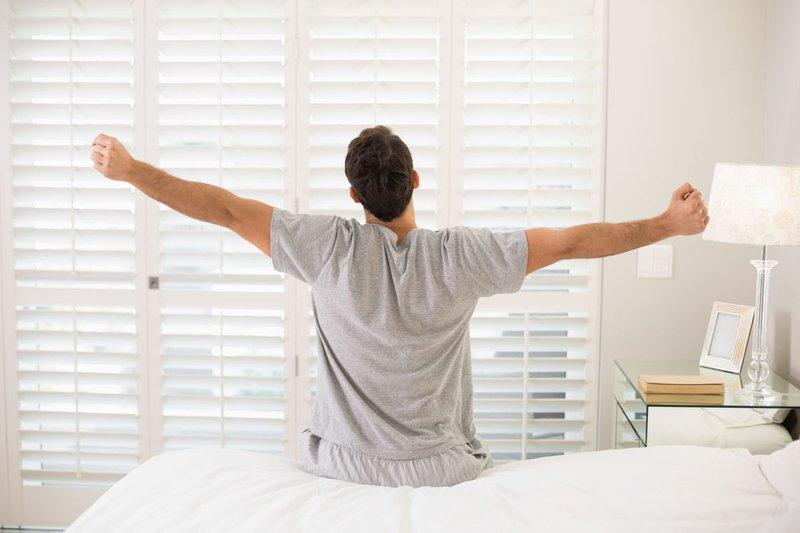 برغم أهميتها.. تجنب 10 عادات عند الاستيقاظ في الصباح