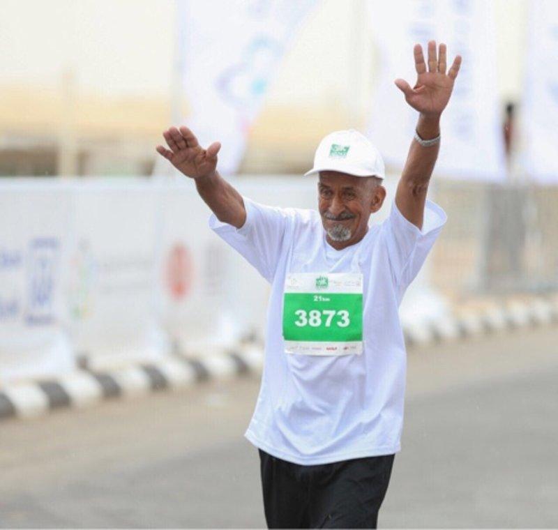 آل الشيخ يرفع مكافأة المتسابق البلوي إلى 300 ألف ريال