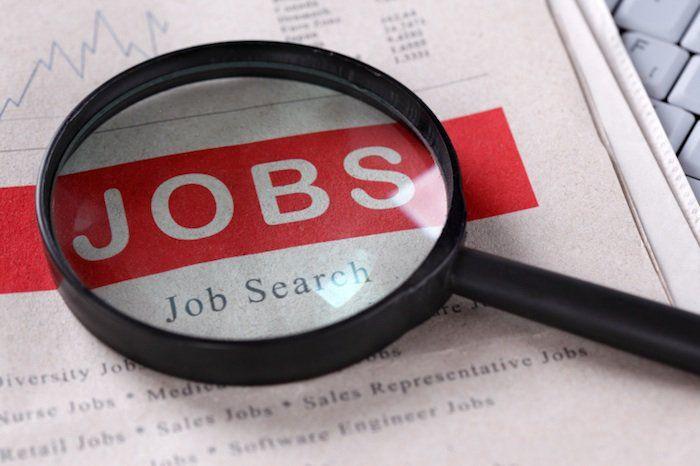 تقرير يكشف الوظائف الخمس الأكثر بحثًا في المملكة