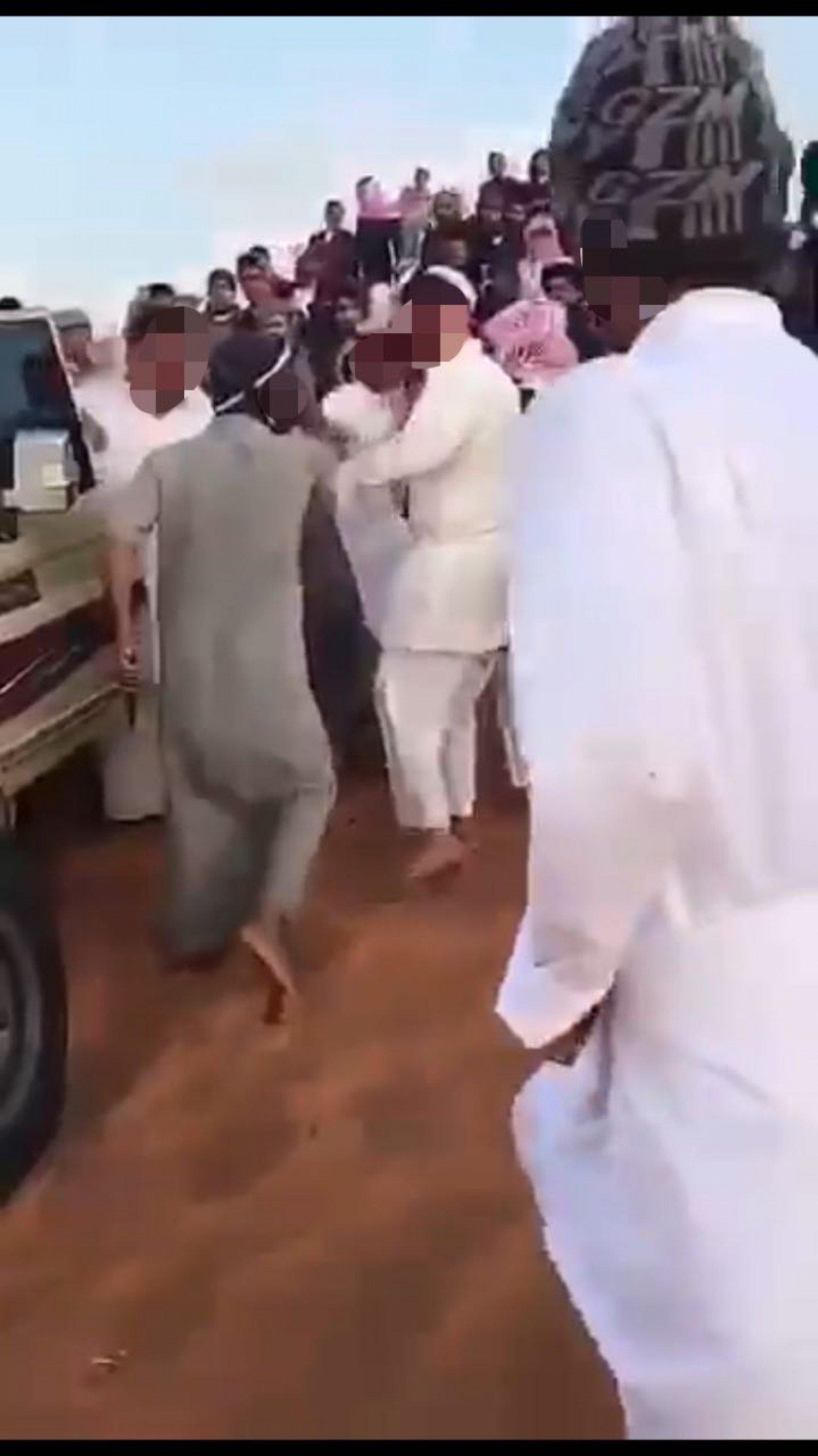 «شرطة الرياض» توضح ملابسات مقطع مشاجرة الأسلحة البيضاء