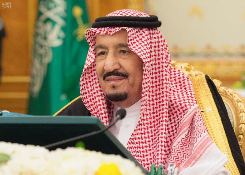 خادم الحرمين يترأس جلسة الوزراء والمجلس يتخذ قرارات عدة.. هنا تفاصيلها