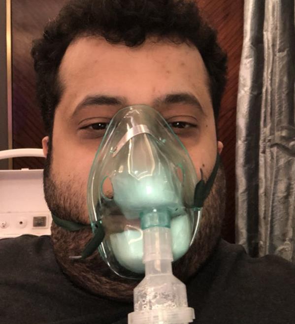 آل الشيخ ينشر صوراً له في المستشفى.. ويوجه رسالة للمغردين