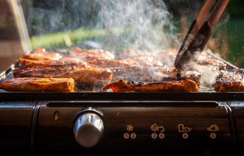 الشوي والطبخ على درجة حرارة عالية سببان لارتفاع الضغط