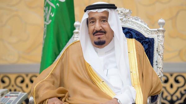 الملك سلمان لم يكن في قصره أثناء التعامل مع طائرة درون