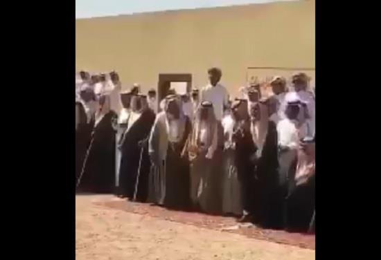 بالفيديو.. لحظة عفو والد عن قاتل ابنه لوجه الله وسط فرح من أتوا للشفاعة