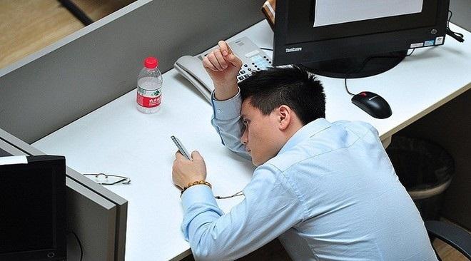 احذر .. ضوضاء العمل ترفع ضغط الدم والكوليسترول