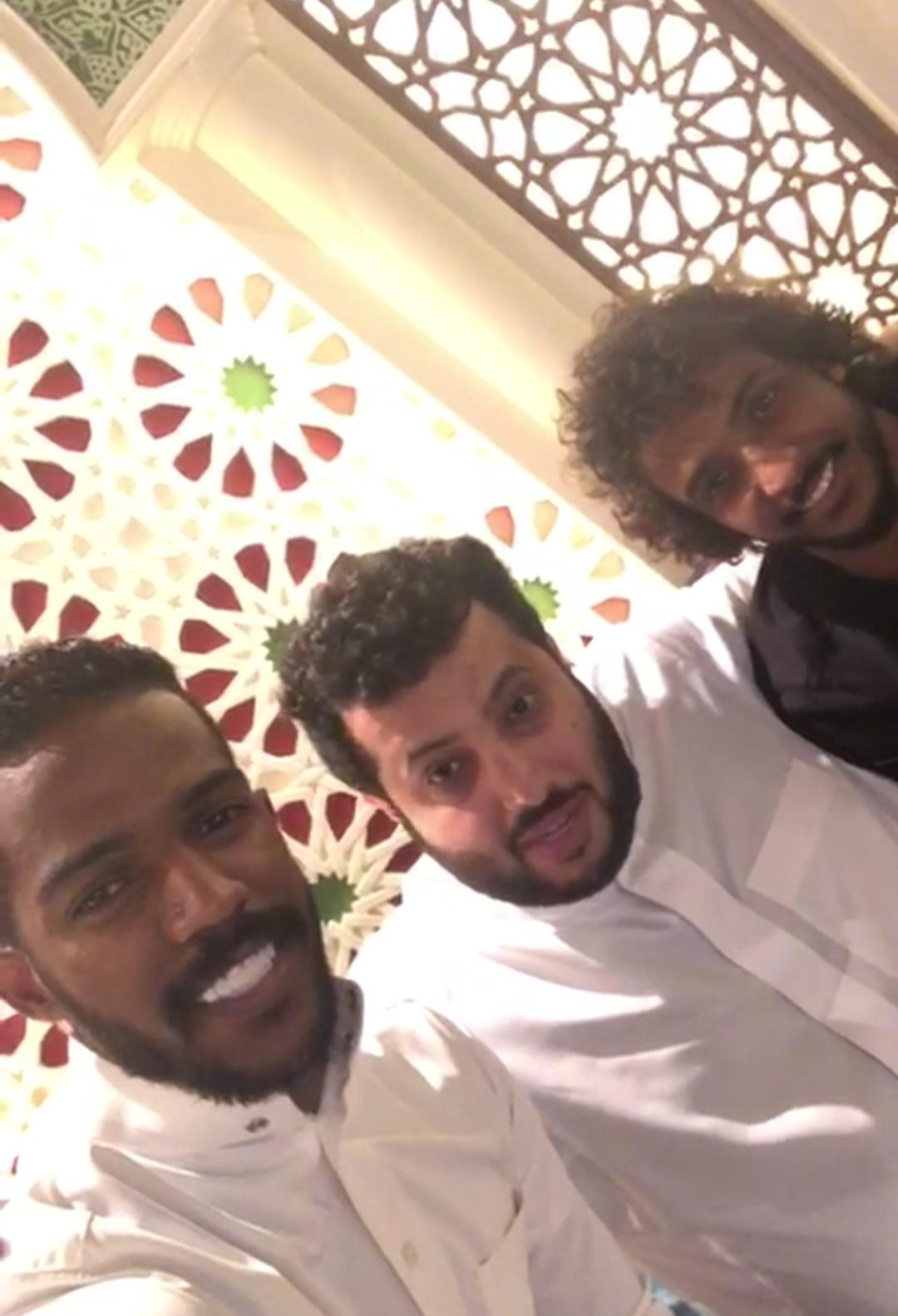 شاهد تركي آل الشيخ يحسم ملفات نواف العابد و ياسر الشهراني