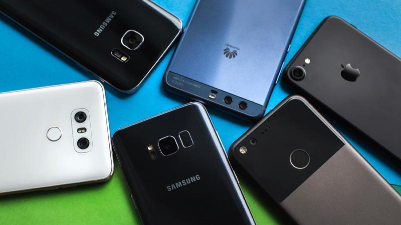 قبل الشراء.. تعرَّف على أفضل 10 «هواتف ذكية» بالأسواق