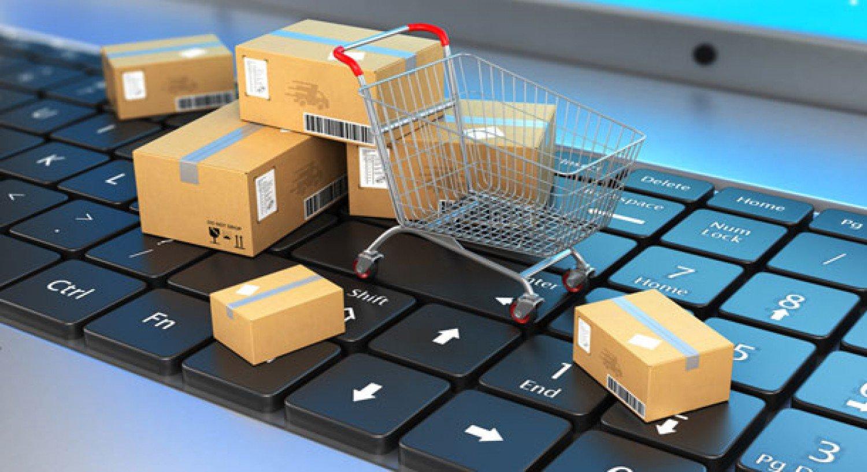 أيهما أفضل في التسوق الإلكتروني بطاقة مدى أم الائتمانية؟.. تقني يوضح