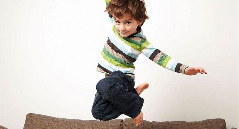 استشاري يقدم نصائح مهمة للتعامل مع الأطفال المصابين بـ«فرط الحركة»