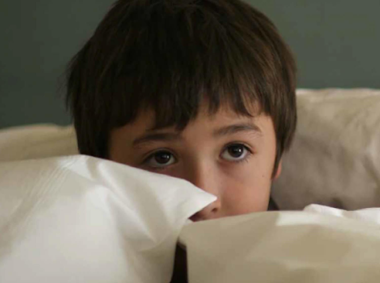 ساعد طفلك على التخلص من الخوف بهذه النصائح