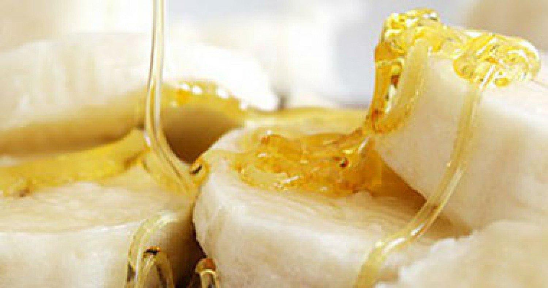 خليط «الموز بالعسل» يعالج الكحة والتهاب الشعب الهوائية