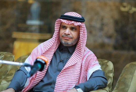 """مراسل """"الإخبارية"""" يحرج وزير التعليم بخصوص زيارة المدارس المصابة بـ""""الجرب"""""""