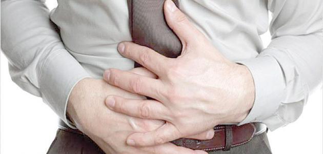 أكاديمي بجامعة الملك خالد يوضح طرق التعامل مع أمراض الجهاز الهضمي خلال شهر رمضان