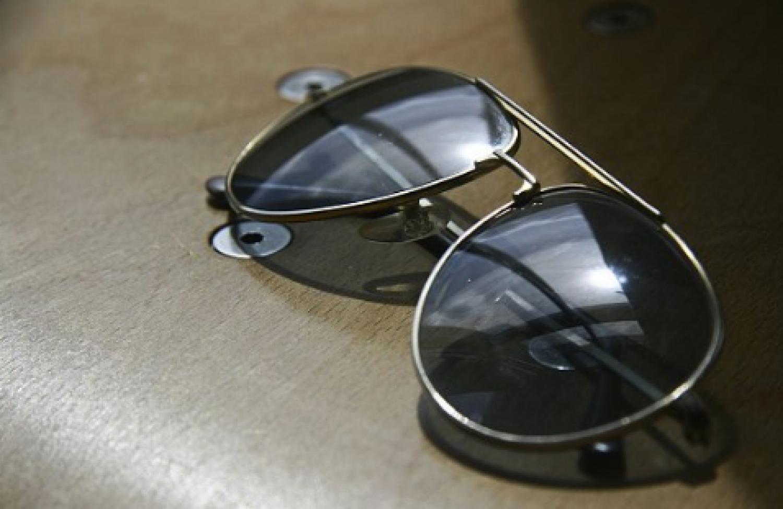 بهذه المواصفات تحمي النظارة الشمسية عينك