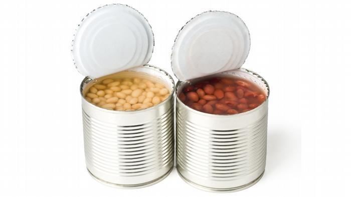 هل تعلم بعيوب المعلبات الغذائية وأضرارها على جسم أطفالك .. تعرف عليها هنا