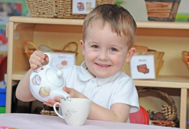 متى يمكن للطفل شرب الشاي؟