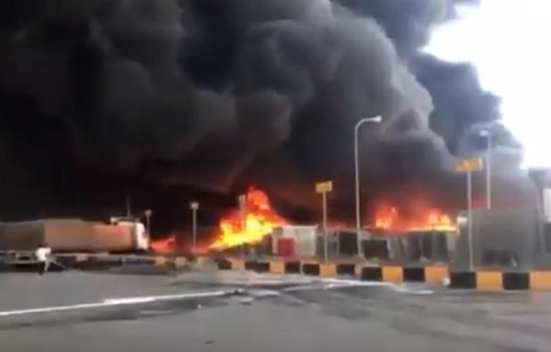 «الجمارك» تكشف تفاصيل حريق مستودع منفذ البطحاء