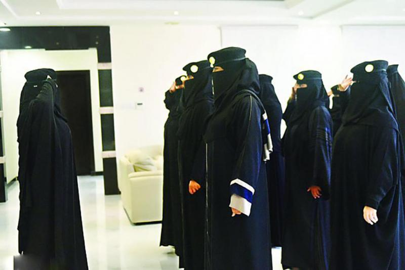 برامج جديدة لتجنيد العسكريات وزيادة الكوادر النسائية بقطاعات الأمن